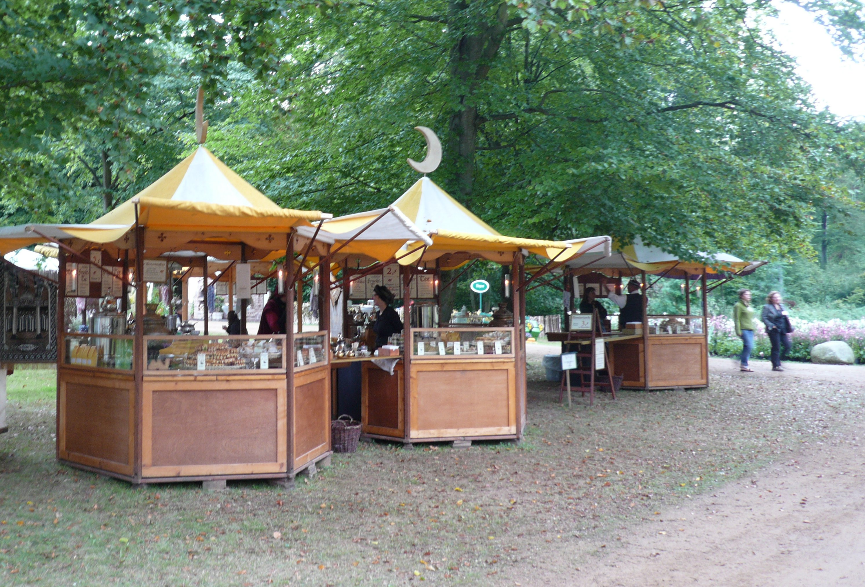the moccamaker orientalische lebensart das f rstliche gartenfest auf schloss wolfsgarten. Black Bedroom Furniture Sets. Home Design Ideas